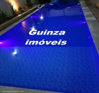 Uberlândia: Casa com varanda grande e piscina em Uberlândia 1