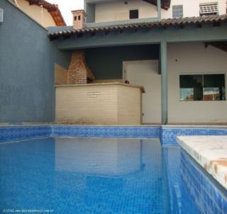 Uberlândia: Sobrado com piscina em Uberlândia Cidade Jardim 7
