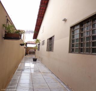 Uberlândia: Casa bairro Cidade Jardim 2