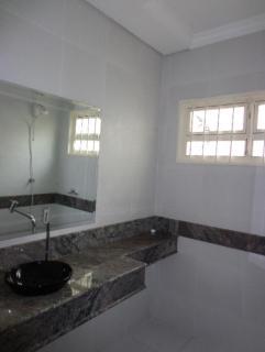 Uberlândia: casa bairro martins proximo ao centro uberlandia com armários cinco banheiros 5