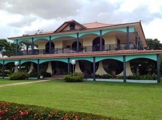 São Carlos: Fazenda Agrícola  situada em Querência - MT (6144) 8