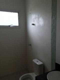 Uberlândia: Apto. 2/4 (1suíte), sacada e elevador. B. Roosevelt 5