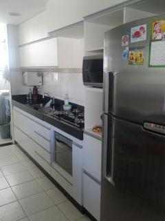 Uberlândia: Apto. montado, 2/4 (1 suite), 3º andar, prox. UFU Sta. Mônica – Cod 310  3
