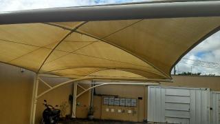 Uberlândia: Apto. térreo com o conforto casa, (área externa e 3 jd. inverno). 14