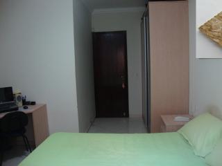 Uberlândia: Apto. térreo com o conforto casa, (área externa e 3 jd. inverno). 3