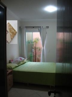 Uberlândia: Apto. térreo com o conforto casa, (área externa e 3 jd. inverno). 5