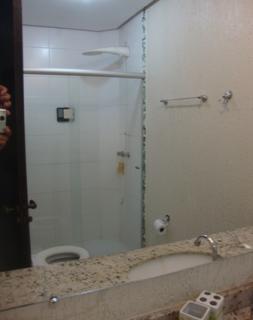Uberlândia: Apto. térreo com o conforto casa, (área externa e 3 jd. inverno). 6