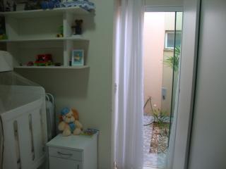 Uberlândia: Apto. térreo com o conforto casa, (área externa e 3 jd. inverno). 9