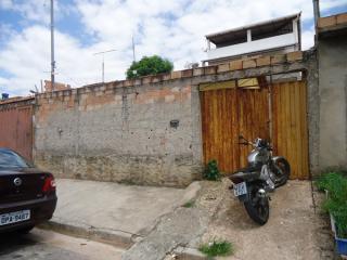 Betim: Casa 02 Quartos - Cruzeiro 1