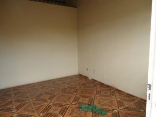Betim: Casa 02 Quartos - Cruzeiro 3