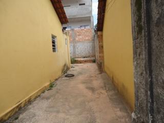 Betim: Casa 02 Quartos - Cruzeiro 4