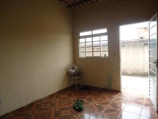 Betim: Casa 02 Quartos - Cruzeiro 7