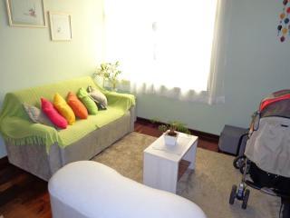 Sobrado Mobiliado 03 Dormitórios 200 m² no Bairro Jardim - Santo André Locação