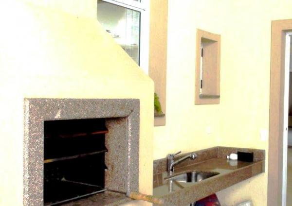 Curitiba: Residência LINEAR em Condomínio - 4 suites - Área construída : 610 m². - Terreno (útil): 2.500 m² 10