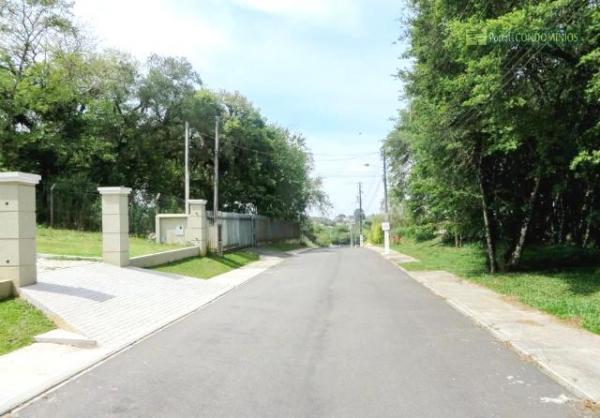 Curitiba: Residência LINEAR em Condomínio - 4 suites - Área construída : 610 m². - Terreno (útil): 2.500 m² 16