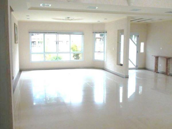 Curitiba: Residência LINEAR em Condomínio - 4 suites - Área construída : 610 m². - Terreno (útil): 2.500 m² 2