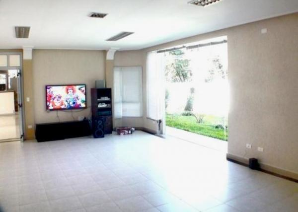 Curitiba: Residência LINEAR em Condomínio - 4 suites - Área construída : 610 m². - Terreno (útil): 2.500 m² 7