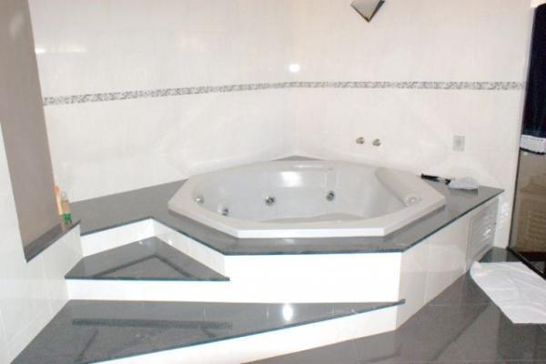 Curitiba: Residência em condomínio - Ampla área verde- Acesso fácil à todas as regiões - PISCINA c/cascata 17