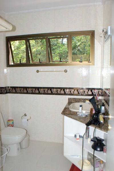 Curitiba: Residência em condomínio - Ampla área verde- Acesso fácil à todas as regiões - PISCINA c/cascata 20