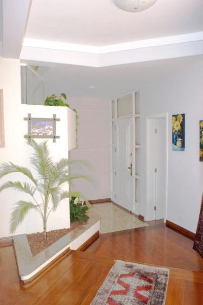 Curitiba: Residência em condomínio - Ampla área verde- Acesso fácil à todas as regiões - PISCINA c/cascata 2