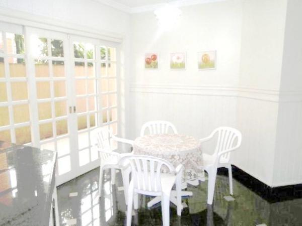 Curitiba: Em Condomínio com 40.000m². - Próx. Parque Tanguá - 4 Suites - Piscina privativa 14