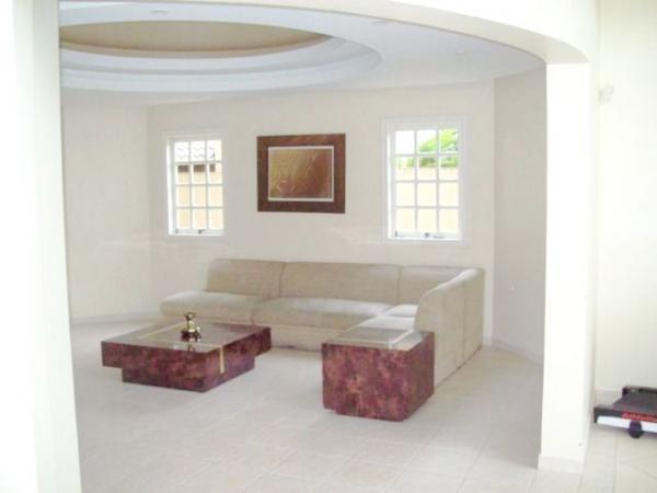Curitiba: Em Condomínio com 40.000m². - Próx. Parque Tanguá - 4 Suites - Piscina privativa 8
