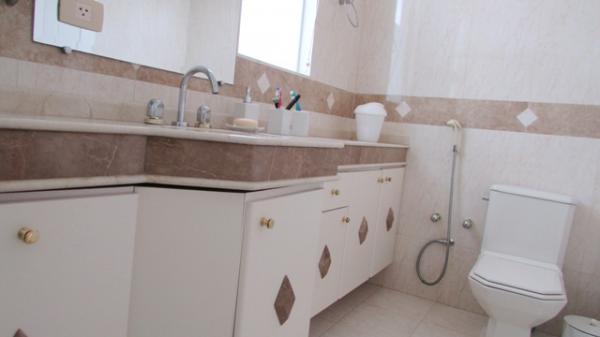 Curitiba: Em condomínio próx. Colégio Internacional - 4 Suites - Piscina - Altíssimo padrão 22