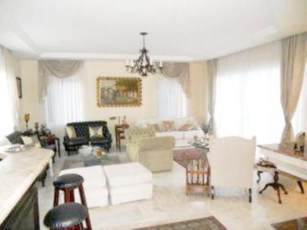 Curitiba: Em condomínio próx. Colégio Internacional - 4 Suites - Piscina - Altíssimo padrão 3