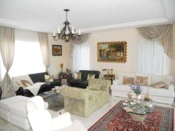 Curitiba: Em condomínio próx. Colégio Internacional - 4 Suites - Piscina - Altíssimo padrão 5