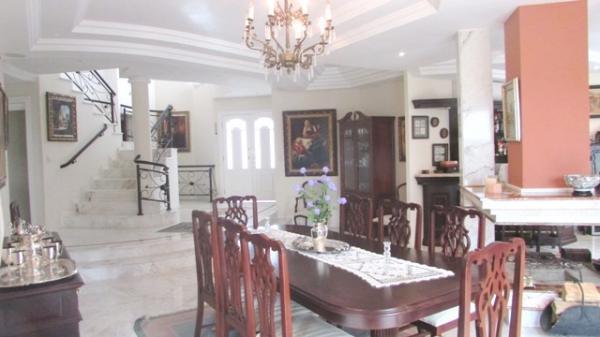 Curitiba: Em condomínio próx. Colégio Internacional - 4 Suites - Piscina - Altíssimo padrão 9