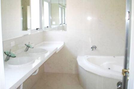 Curitiba: Campo Comprido - Residência em Condomínio sem uso - 4 Suites - terreno 2.100m². 15