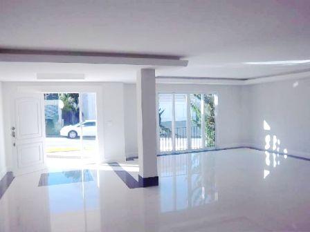 Curitiba: Campo Comprido - Residência em Condomínio sem uso - 4 Suites - terreno 2.100m². 4