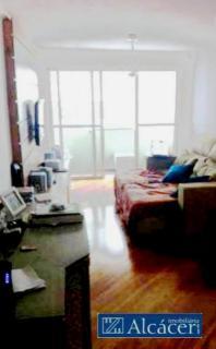 Rua calma - Apartamento de ótimo padrão - 2 garagens