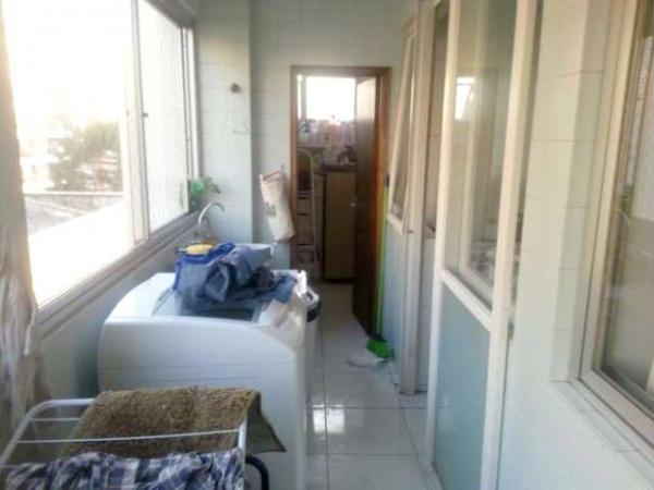Curitiba: Apartamento em rua calma - Próx. Praça 29 de Março - Desocupado - 2 Garagens grandes. 5