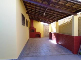 São Gonçalo: Casa em Itaipuaçú, 2 quartos, suíte, aceita FGTS 10