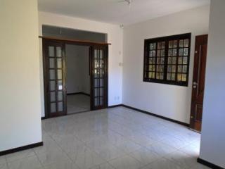 São Gonçalo: Casa em Itaipuaçú, 2 quartos, suíte, aceita FGTS 2
