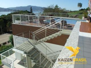Palhoça: Apartamento com 2 dormitorios sendo 3 suites, 4 vagas de garagem, academia 5