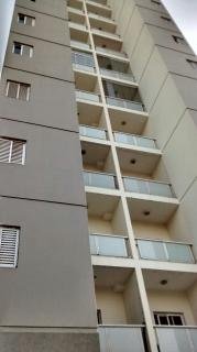 Apartamento Reformado 2 Dormitórios 57 m² em Santo André - Vila Valparaíso.