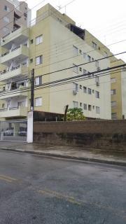 Santos: Apartamento na Enseada Guarujá  02 Dormitórios 02 banheiros 01 vaga com elevador e sacada 12