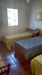 Santos: Apartamento 02 Dormitórios + dep completa Enseada Guarujá lado praia R$ 220.000,00 14