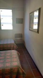 Santos: Apartamento 02 Dormitórios + dep completa Enseada Guarujá lado praia R$ 220.000,00 15