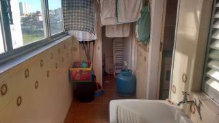 Santos: Apartamento 02 Dormitórios + dep completa Enseada Guarujá lado praia R$ 220.000,00 17