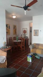 Santos: Apartamento 02 Dormitórios + dep completa Enseada Guarujá lado praia R$ 220.000,00 5