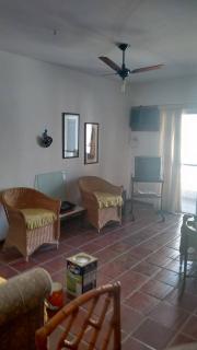 Santos: Apartamento 02 Dormitórios + dep completa Enseada Guarujá lado praia R$ 220.000,00 6