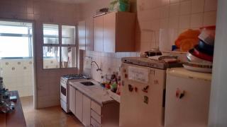 Santos: Apartamento 02 Dormitórios + dep completa Enseada Guarujá lado praia R$ 220.000,00 7