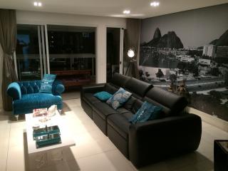 Excelente Apartamento 3 Suítes 156 m² em São Caetano do Sul - Bairro Santa Paula.
