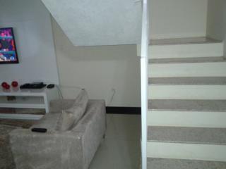 Mogi das Cruzes: Casa 3 Dormitórios - Condomínio Aruã 11