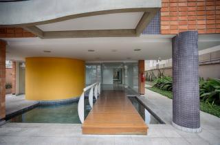 Apartamento 4 Dormitórios 136 m² em Santo André - Jardim Bela Vista.