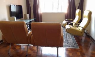 Santo André: Apartamento Reformado 3 Dormitórios 104 m² no Centro de Santo André. Sala ampla 2 ambientes, copa/cozinha, área de serviço com wc, 3 dormitórios sendo 1 com armários embutidos. Prédio de 8 andares, 2  1