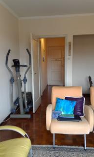 Santo André: Apartamento Reformado 3 Dormitórios 104 m² no Centro de Santo André. Sala ampla 2 ambientes, copa/cozinha, área de serviço com wc, 3 dormitórios sendo 1 com armários embutidos. Prédio de 8 andares, 2  2